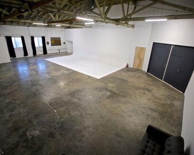 Huge East Side studio / warehouse space w/30' cyc, Los Angeles, CA