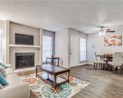 Apartment Rental  in Benbrook, TX By Roxanne Gutierrez