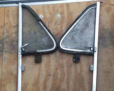 61-67 t3 vent window assemblies
