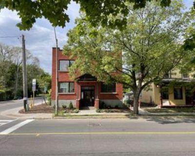 205 Crichton Street #B, Ottawa, ON K1M 1W1 2 Bedroom Apartment