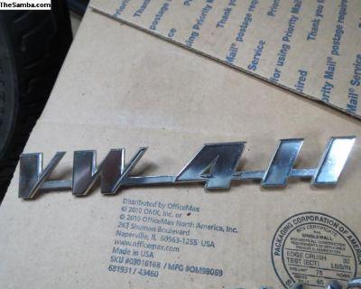 NOS VW 411 Emblem
