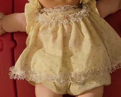 Vintage 1982 Cabbage Patch Doll