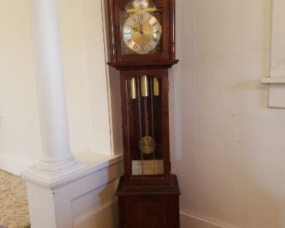 Grandmother Clock - Ridgeway