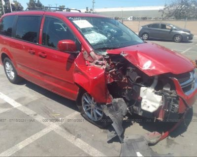 Salvage Red 2013 Dodge Grand Caravan