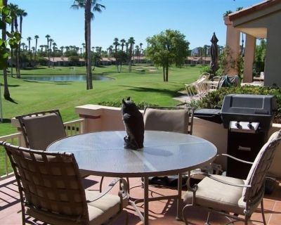Relax with friends and family in this casual home. - Palm Desert