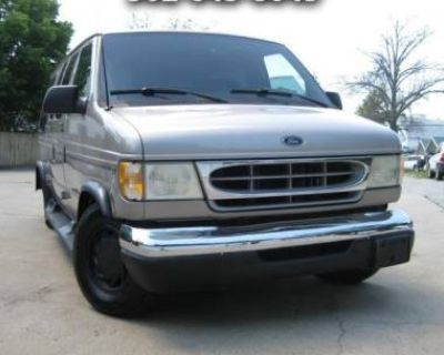 2001 Ford Econoline Cargo Van E-150