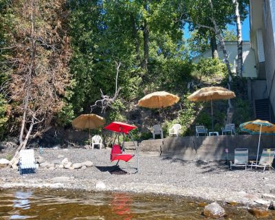 Large Cottage: Stunning Sunsets/Private Beach/Fishing Equip/Kayaks - Swanton