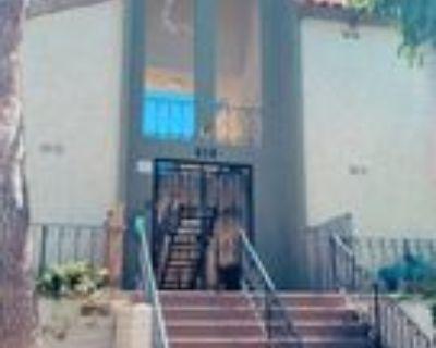 518 Raymond Ave #18, Santa Monica, CA 90405 1 Bedroom Apartment
