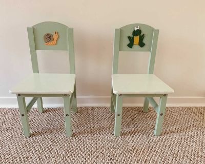 Toddler / kids chairs