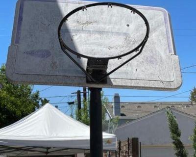 basketball goal with base