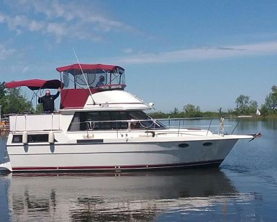 1989 Prowler 10M Aft Cabin