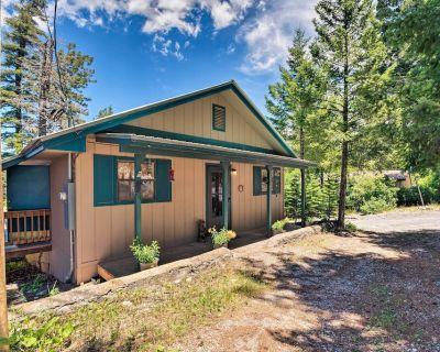 Cabin w/ Deck 3 Mi to Ski Cloudcroft & Hiking - Cloudcroft