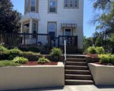 126 Jenks Ave, St. Paul, MN 55117 2 Bedroom Apartment