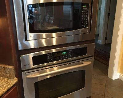 GE profile built-in electric convection oven