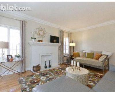 Cochran Ave California, United States 90036 1 Bedroom Apartment Rental