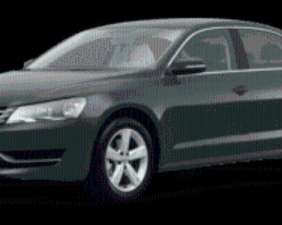 2014 Volkswagen Passat SE with Sunroof & Navigation Sedan 1.8T Auto