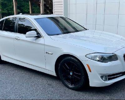 BMW 2013 5 Series 528i xDrive