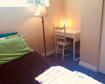 Sardis St, Burnaby, BC V5H 1L4 Room