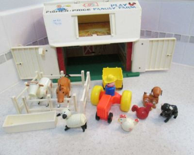 Vintage Fisher Price barn with accessories - please read description and see photos in comments