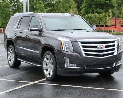 Pre-Owned 2017 Cadillac Escalade Luxury