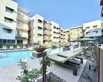 Kasa Tempe Work Remote and Enjoy the Sun Pool Access + Self Check-In - Tempe