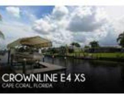 24 foot Crownline E4 XS