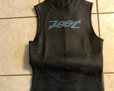 Wet suit women s small by Zoot