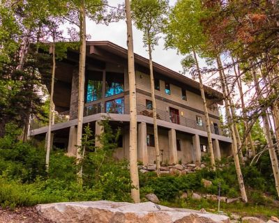 La Vista - Expansive, modern home located right on the mountain. - Salt Lake Mountain Resorts