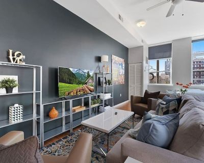 City Center GEM - Well Appointed Studio in downtown - Parkway Museum District