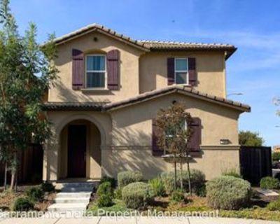 5299 Kankakee Dr, Sacramento, CA 95835 5 Bedroom House