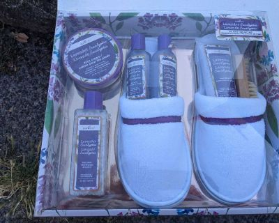 Sleepers and foot care kit NEW