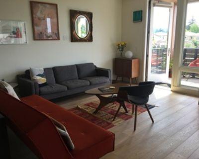 SUMMER SUBLET - entire furnished condo, prime location, walk to campus