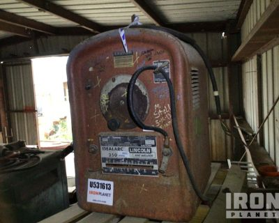 Lincoln 250-250 Electric Welder