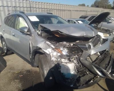 Salvage Silver 2015 Toyota Rav4