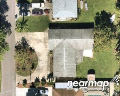 3 Bed 2.0 Bath Foreclosure Property in Fort Myers, FL 33908 - Candle Dr