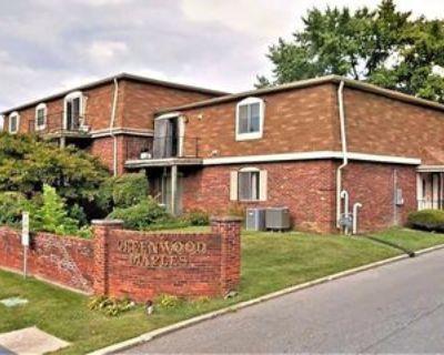 320 Elmead Ct, Greenwood, IN 46142 2 Bedroom Apartment