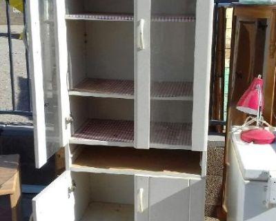 free storage cabinet