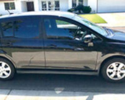 Nissan Versa S Hatchback 2012 Xlnt Cond. 80 k miles