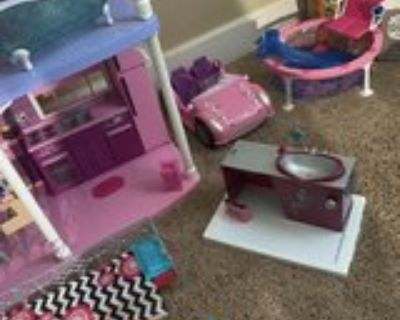 Barbie 3 story Dreamhouse and furniture
