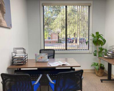 Private Day Office w/ a Window in Orlando, Orlando, FL