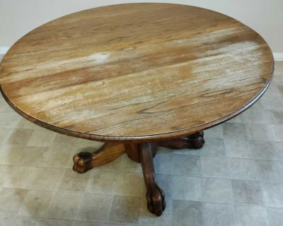 Kitchen table, with leaf/extender