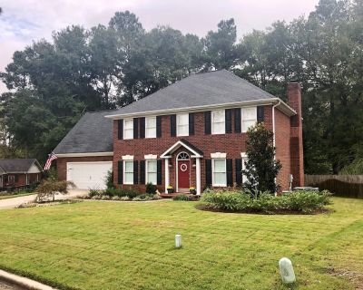 Large Masters Rental 15 Minutes (from the National! Location, Location, Location - North Augusta