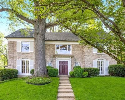 Chevy Chase Estate Sale
