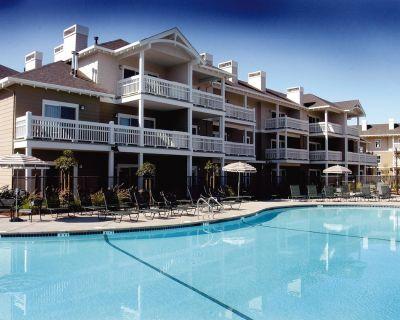 Windsor/Healdsburg Wine country resort Condos 3BEDROOM!! 2BA Sleeps8 NICE!! - Windsor