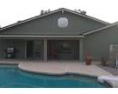 5 Bedroom, 4 Bath Moon Valley Home, Pool and HOT TUB