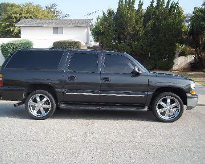 2004 Chevy Suburban 111,000 miles