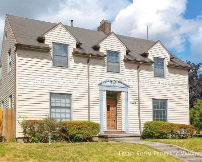 Beautifully Restored 3BR/2BA Home with Yard, Garage and Bonus Space