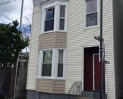 145 Quail St #4, Albany, NY 12206 1 Bedroom Apartment