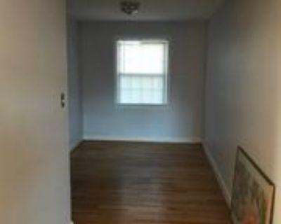 702 S Fayette St #13, Alexandria, VA 22314 2 Bedroom Condo