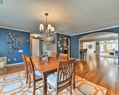 Central Houston Home W/patio - Ideal for Families! - Braeswood Place